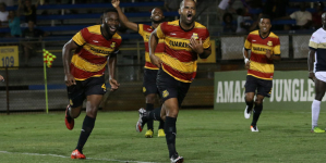 Fort Lauderdale Strikers vence a primeira na temporada